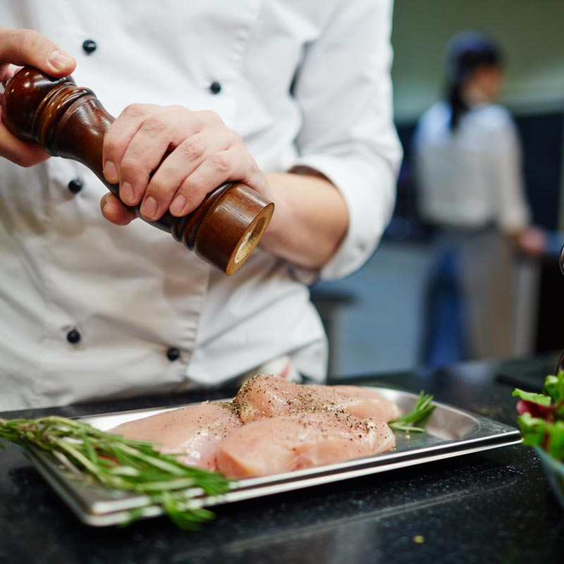 chef cracking pepper